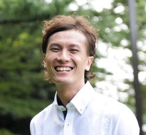 岸田徹プロフィール写真2チラシ用